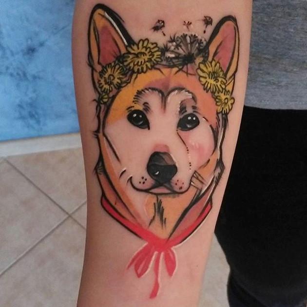 Hình xăm chó Akita Inu: ... một cô bé Akita hồn nhiên và mơ mộng ???