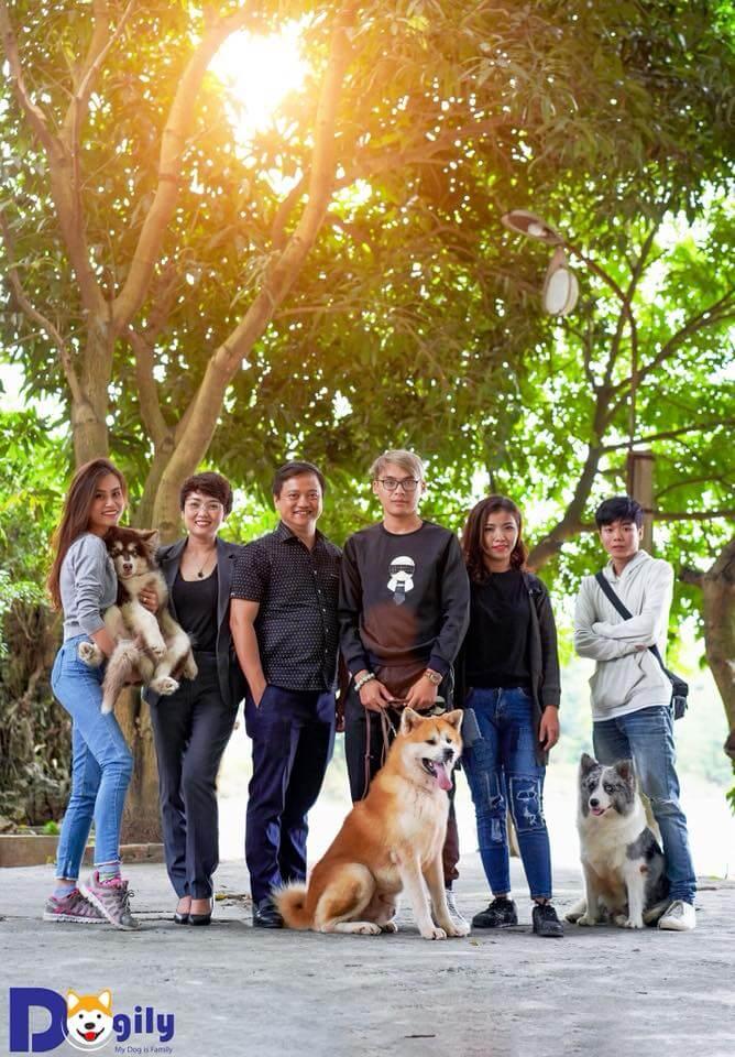 Hình ảnh các thành viên của Dogily Petshop; Gia đình cún cưng
