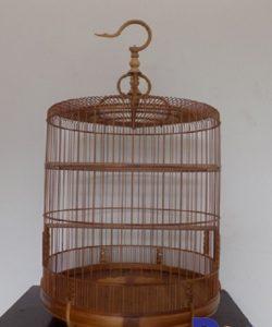 Bán lồng chim cảnh làm bằng tre già và chắc chắn