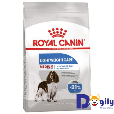 ROYAL CANIN MEDIUM LIGHT Giống chó size Medium với nguồn năng lượng dồi dào và yêu thích hoạt động. Với công thức duy trì khả năng tự bảo vệ tự nhiên trong suốt dòng đời, cung cấp năng lượng cân bằng giúp duy trì trọng lượng, ROYAL CANIN MEDIUM LIGHT là lựa chọn tối ưu cho thú cưng của bạn.