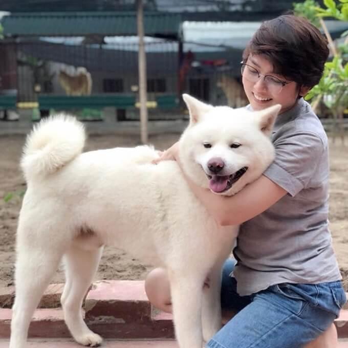 Chúng tôi luôn cam kết đặt sức khỏe và sự hạnh phúc của thú cưng lên trên hết mọi mục tiêu hoạt động khác của Dogily Petshop.