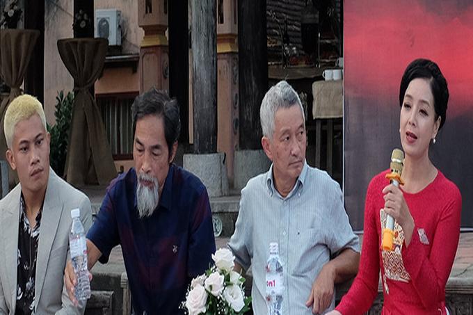 Nghệ sĩ Viết Liên tự tin trong vai vợ cả Bà Kiến - Ảnh: Mi Ly