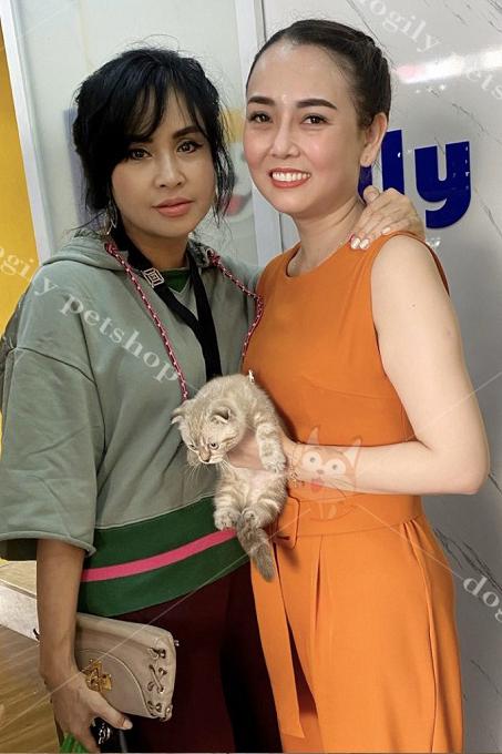 Ca sĩ Thanh Lam - khách hàng thân thiết của hệ thống Dogily Petshop